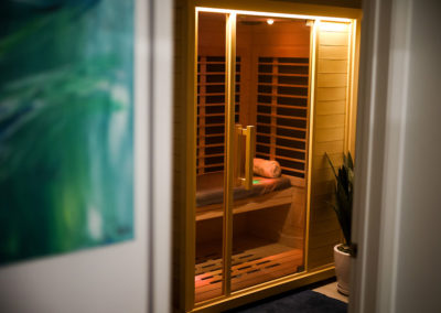 SUNLIGHTEN-INFRARED-SAUNA